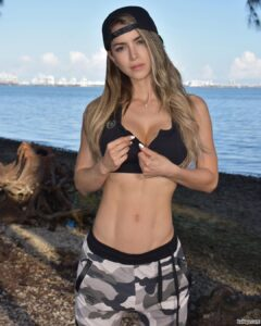 tone up arms fast repost from anllela_sagra – pic of sexy girl