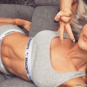 animated sexy girl repost from gymsharkwomen – perfect stars