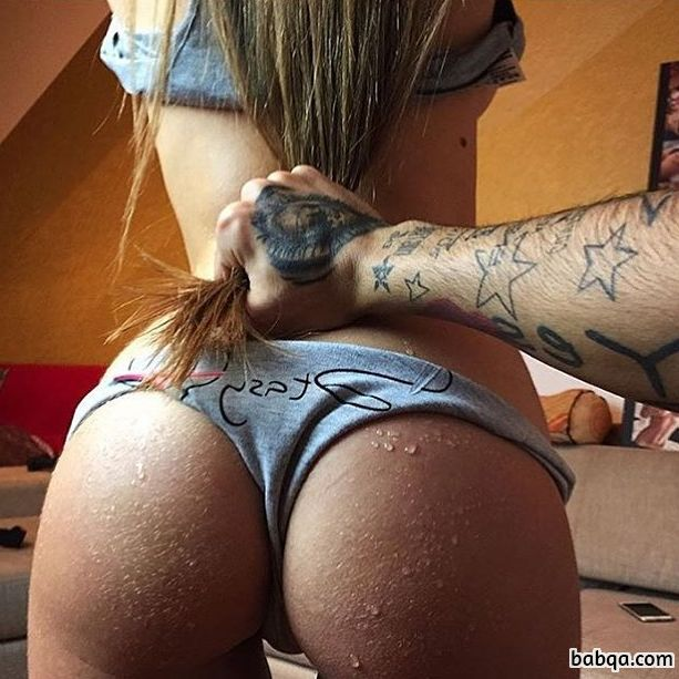 girl gyms repost from thesquatpage – sexy girl ass shake