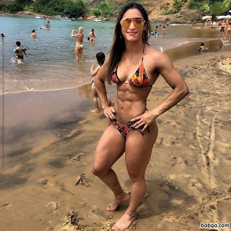hot call girl repost from muscles.girls_ – real gym girl