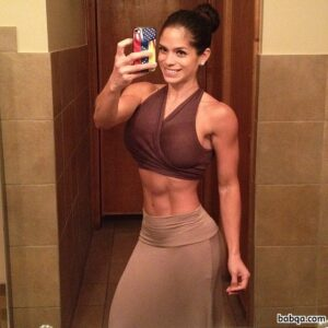 fit girl workout repost from michelle_lewin – ass touching pics
