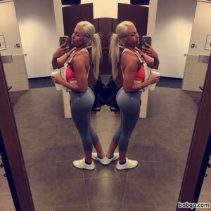 in pics repost from fitnessgirlscertified – small round butt