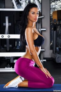 hot girl in tight short shorts repost from witnessfitness – hot photo gril