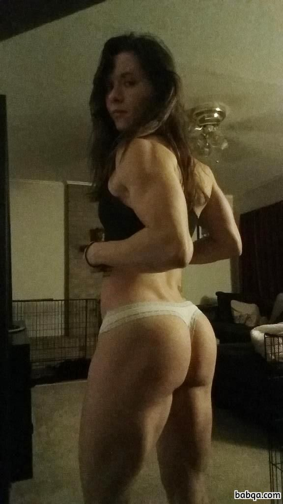 sexy nacked girl picture repost from girlsthatcurl – round ass bubble butt