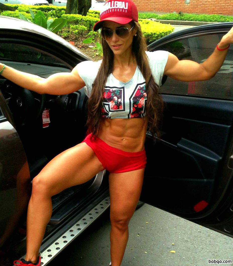 babes pic repost from womenfitnessmodels – hot girls get