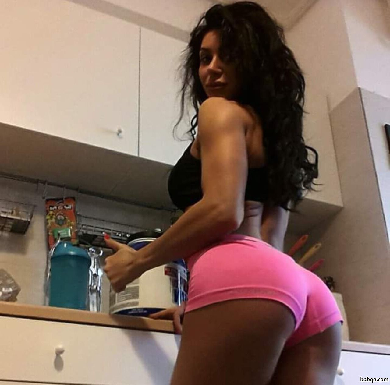 women with booty pics repost from girlsthatcurl – arab hot girl facebook
