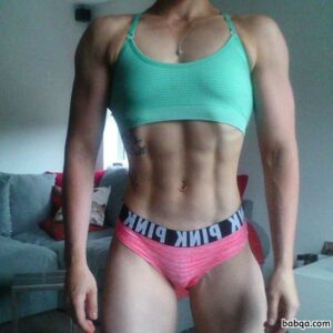 personal trainer instagram accounts repost from girlsthatcurl – hot girls and cars