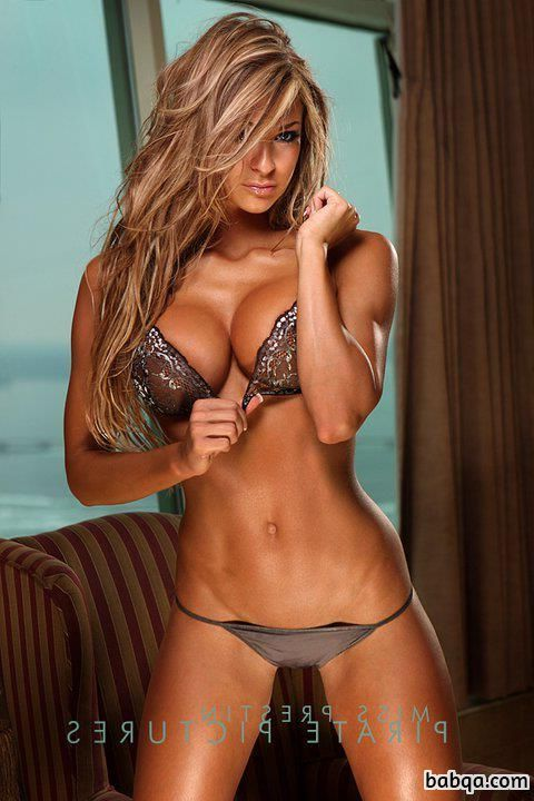 hot girl fingers herself repost from fitgirlslove – slim toned body