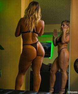 free hot school girl repost from witnessfitness – pictures of ladies bums