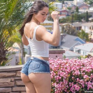 white girl with repost from beautifulfitphysiques – good morning nice ass