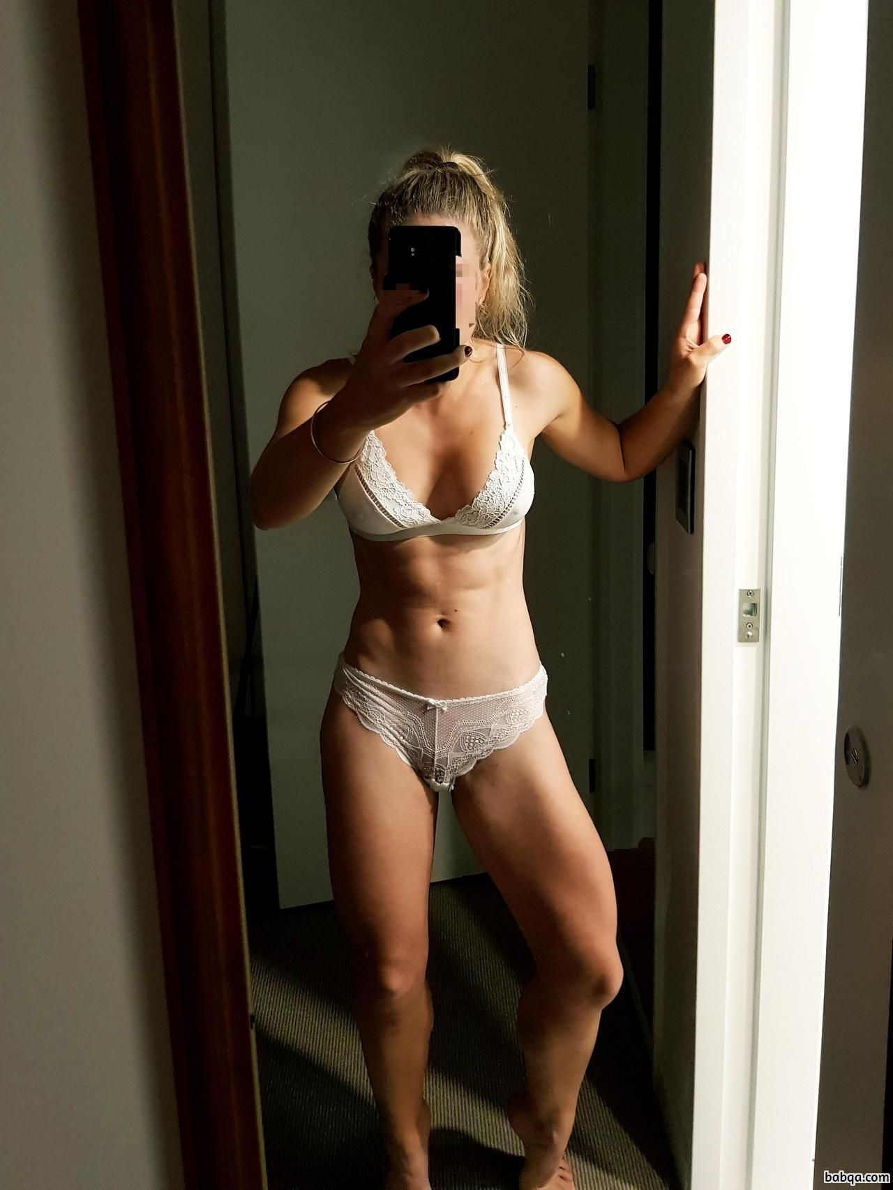 hot girl shows her ass repost from dailyhottfitness – sexy girl boy picture
